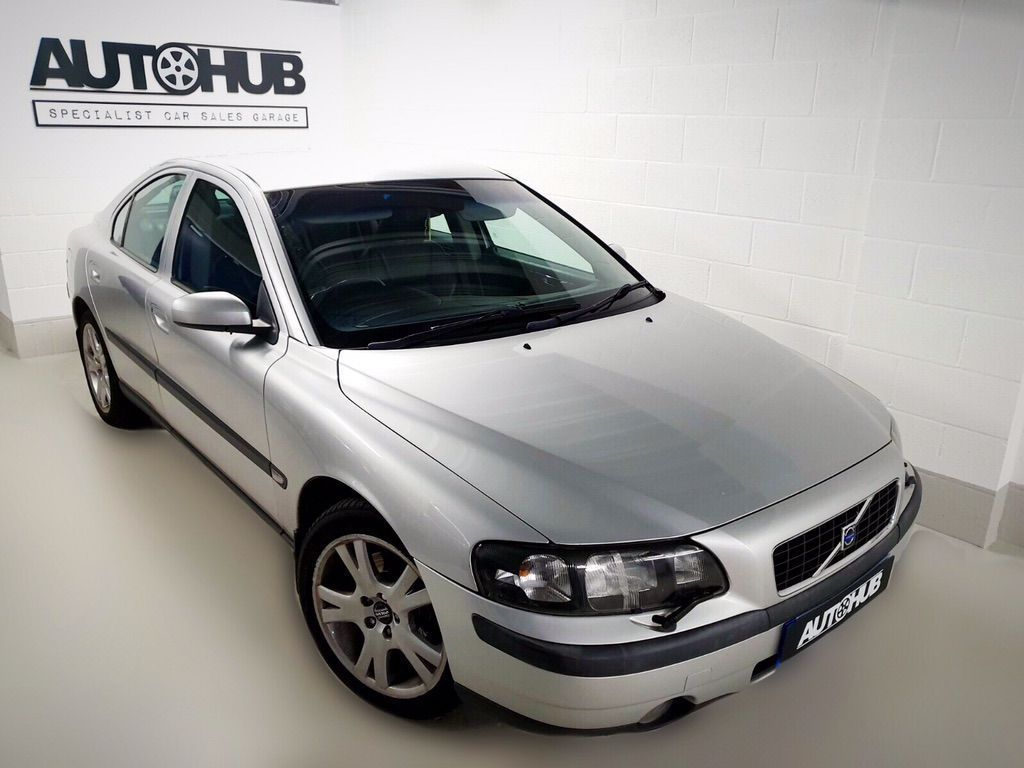 VOLVO S60 Saloon 2.5 T SE 4dr