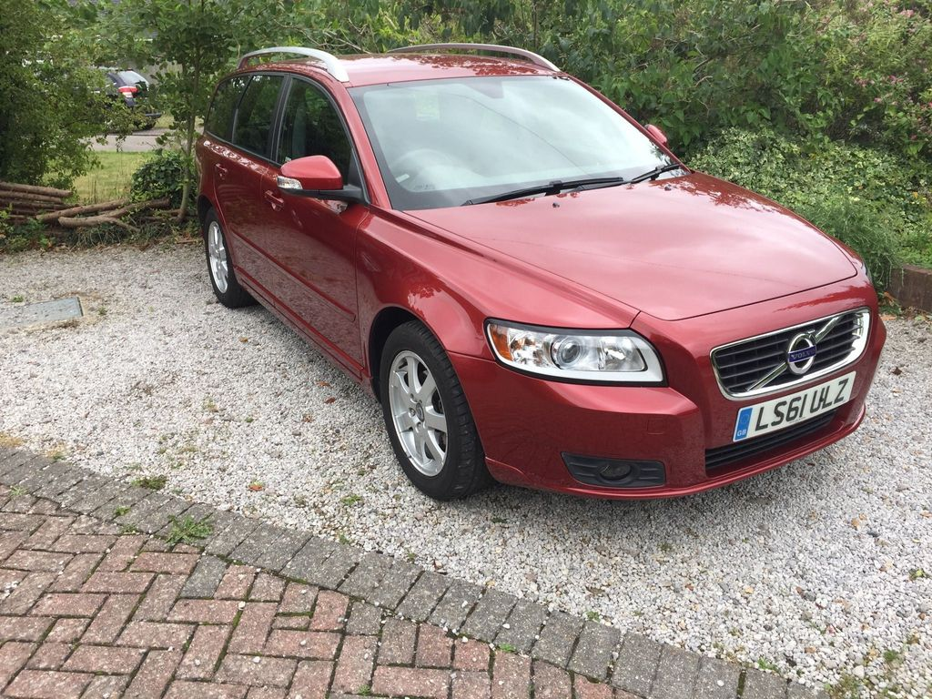 VOLVO V50 Estate 2.0 ES 5dr