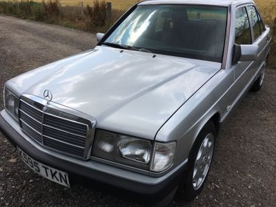 MERCEDES-BENZ 190 Saloon 2.0 E 4dr