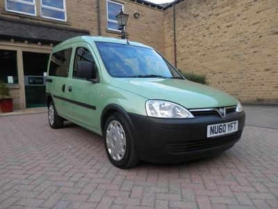 VAUXHALL COMBO TOUR Unlisted {Edition unlisted}