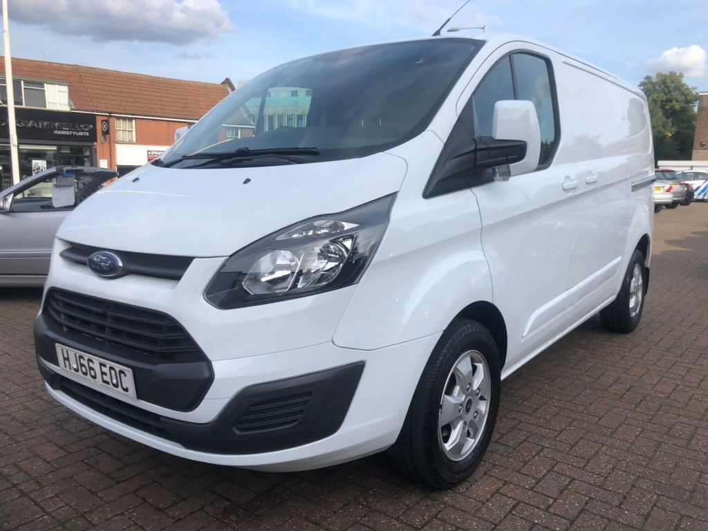 FORD TRANSIT CUSTOM Panel Van 2.2 TDCi 290 L2H1 Trend Panel Van 5dr