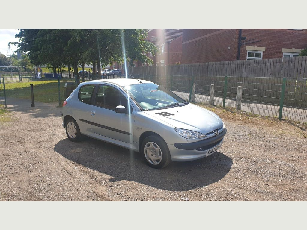 Fine Used Peugeot 206 Hatchback 1 4 Hdi Look 3Dr A C In Gmtry Best Dining Table And Chair Ideas Images Gmtryco