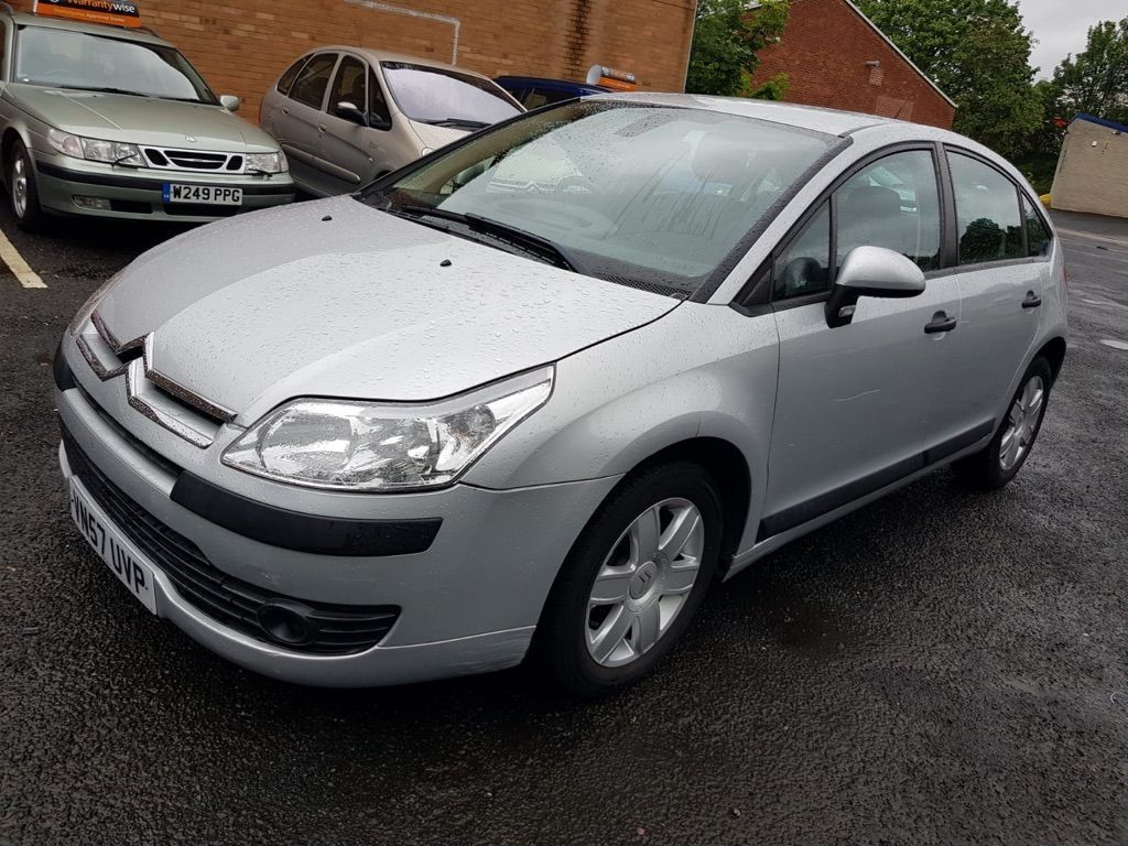 CITROEN C4 Hatchback 1.4 i 16v Cool 5dr