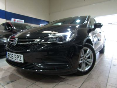 VAUXHALL ASTRA Hatchback 1.4i Turbo Design Auto (s/s) 5dr