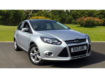 Ford Focus 1.6 Zetec 5Dr Petrol Hatchback FAMILY HATCH