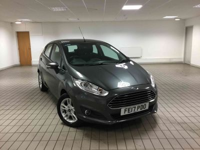Ford Fiesta 1.25 82 Zetec 5 door 1 Previous Owner