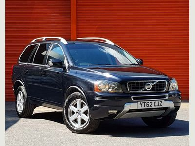 VOLVO XC90 SUV 2.4 D5 ES Geartronic AWD 5dr