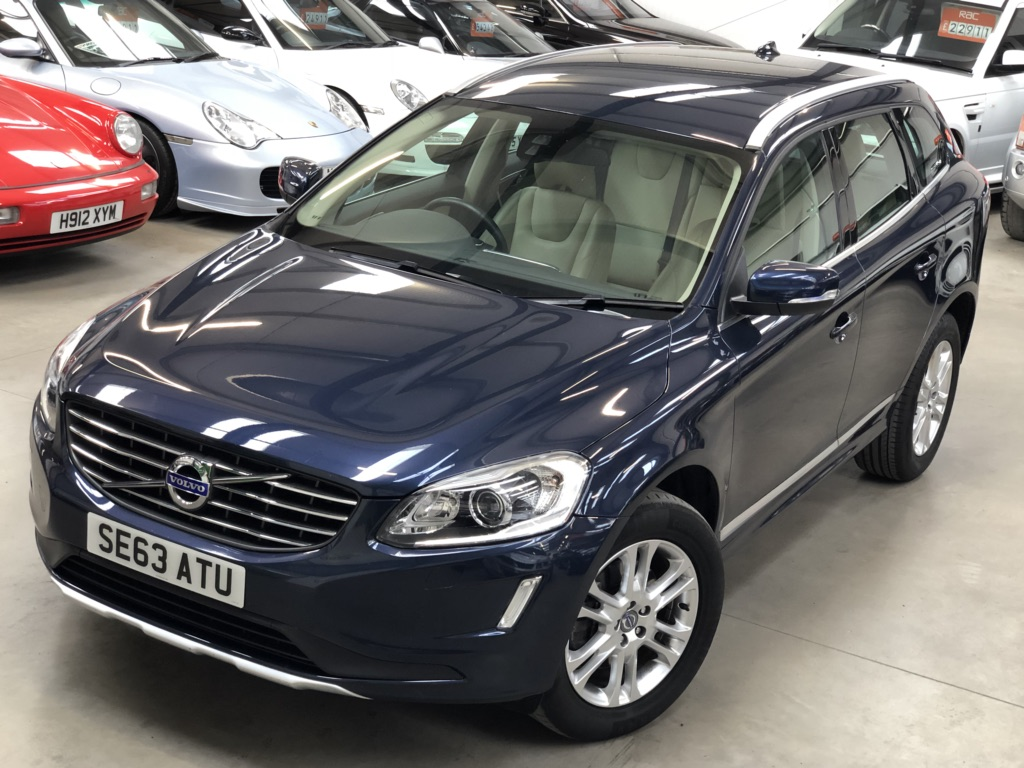 VOLVO XC60 SUV 2.4 D5 SE Lux Nav Geartronic 5dr