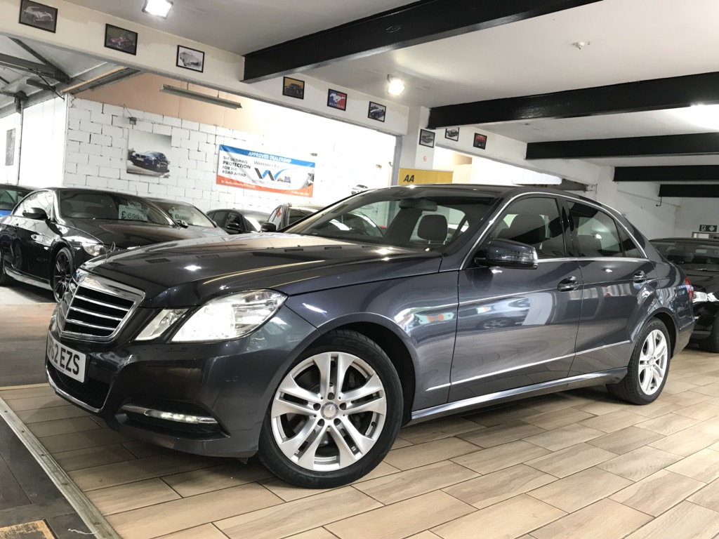 MERCEDES-BENZ E CLASS Saloon 3.0 E350 TD CDI BlueEFFICIENCY Avantgarde 7G-Tronic Plus (s/s) 4dr