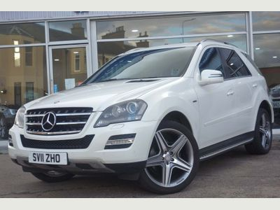 MERCEDES-BENZ M CLASS SUV 3.0 ML350 CDI BlueEFFICIENCY Grand 5dr