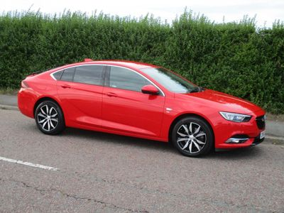 VAUXHALL INSIGNIA Hatchback 2.0 Turbo D BlueInjection SRi Nav Grand Sport (s/s) 5dr