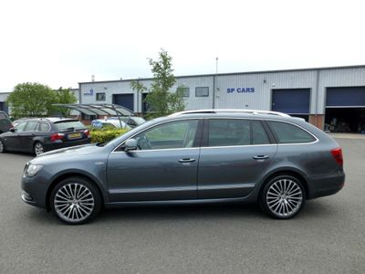 SKODA SUPERB Estate 2.0 TDI Laurin & Klement 5dr