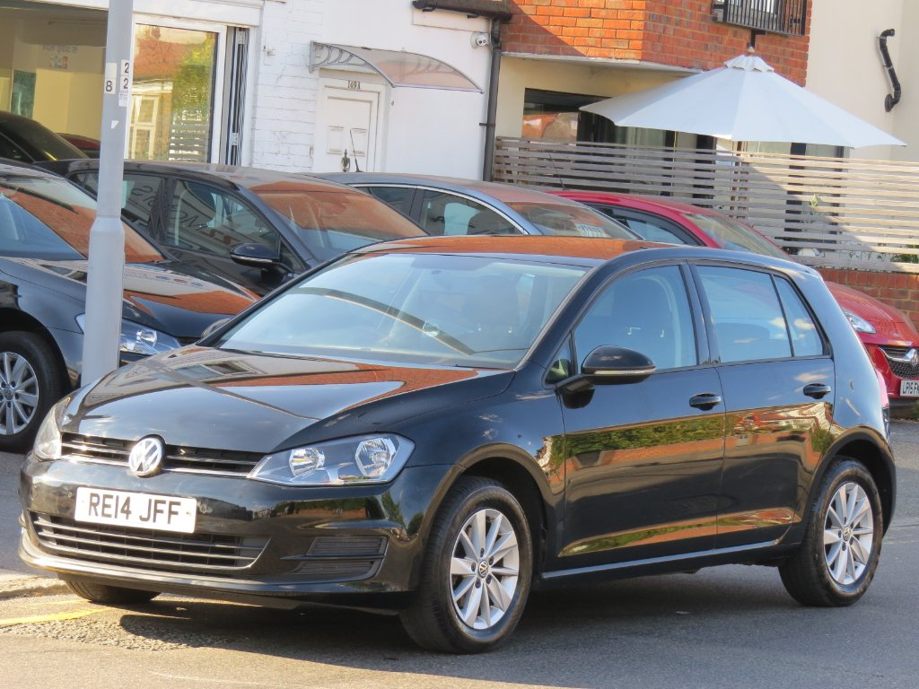 VOLKSWAGEN GOLF Hatchback 1.2 TSI BlueMotion Tech S (s/s) 5dr