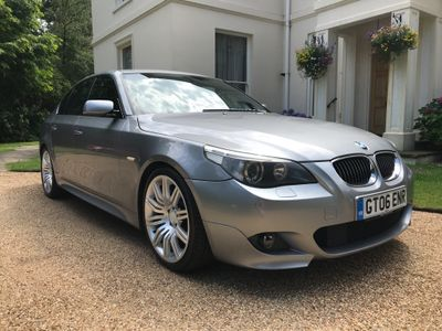 BMW 5 SERIES Saloon 4.8 550i M Sport 4dr