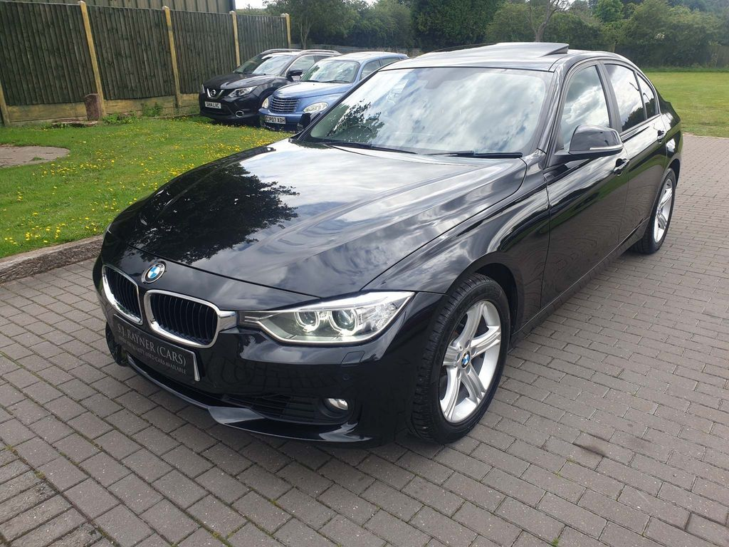 BMW 3 SERIES Saloon 3.0 330d BluePerformance SE Sport Auto (s/s) 4dr