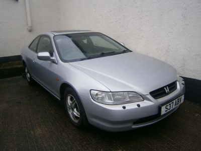 HONDA ACCORD Coupe 2.0 i ES 2dr