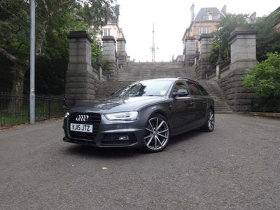 AUDI A4 AVANT Estate 2.0 TDI Black Edition Avant Multitronic 5dr (Nav)
