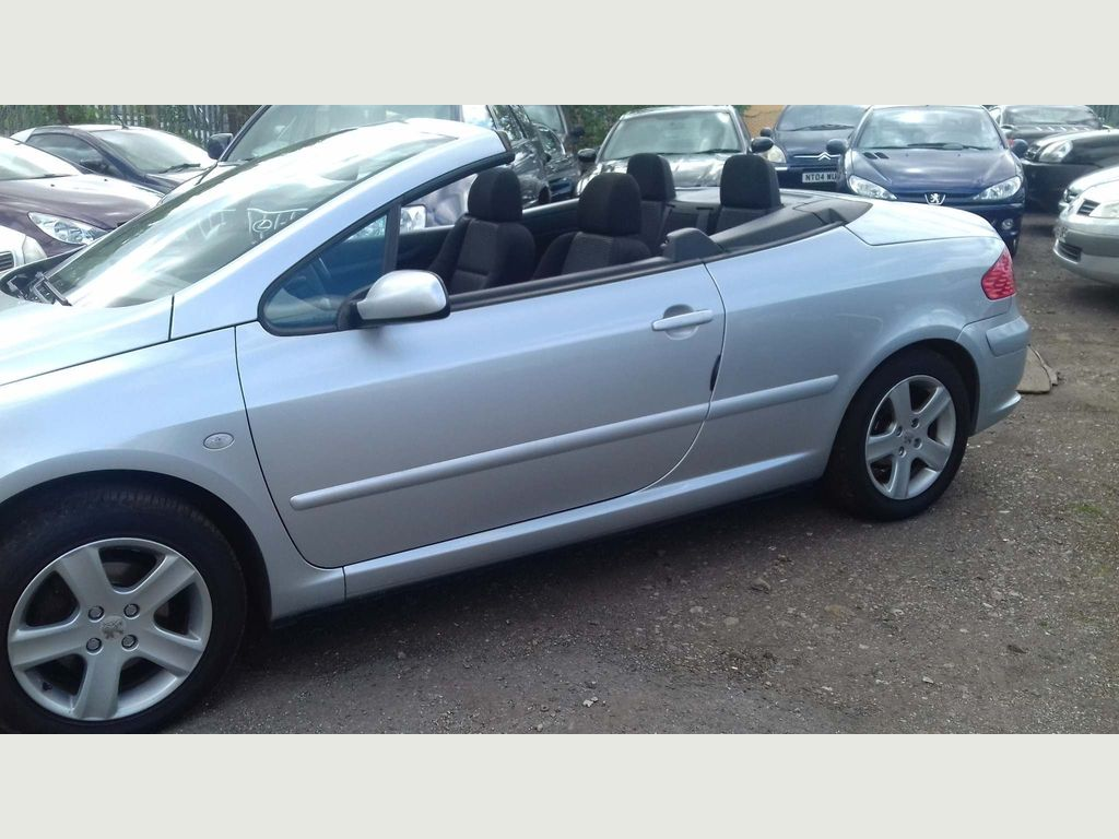 Used Peugeot 307 Cc Convertible 2 0 16v 2dr in Newcastle