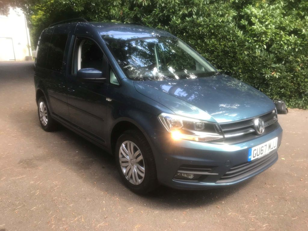 VOLKSWAGEN CADDY LIFE MPV 1.4 TSI C20 Life Mini Bus DSG 4dr (5 Seats)