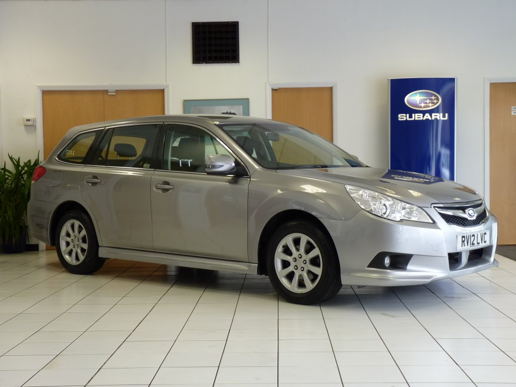 SUBARU LEGACY Estate 2.0 i ES Sports Tourer Lineartronic 5dr (Nav)