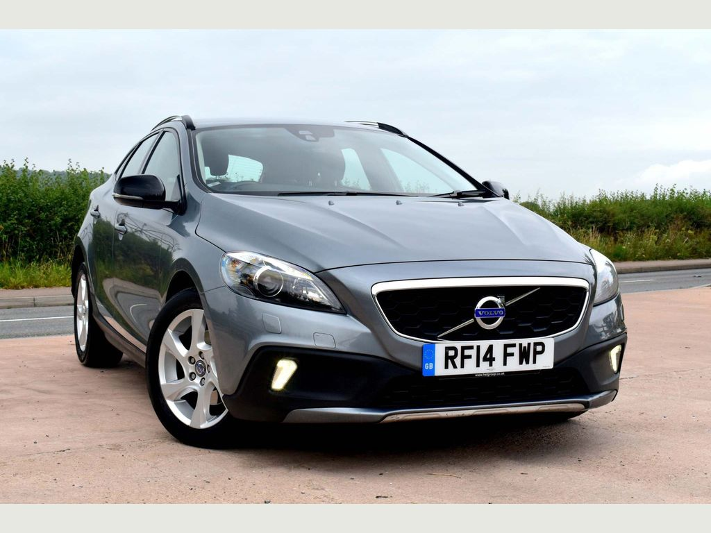 VOLVO V40 CROSS COUNTRY Hatchback 1.6 D2 Lux Cross Country Powershift (s/s) 5dr