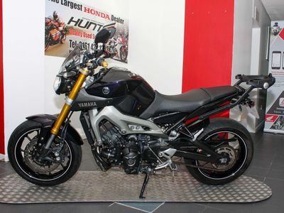 YAMAHA MT-09 Naked 850