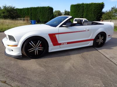 FORD MUSTANG Convertible LHD 4.0 V6 Auto Convertible NEW ROOF