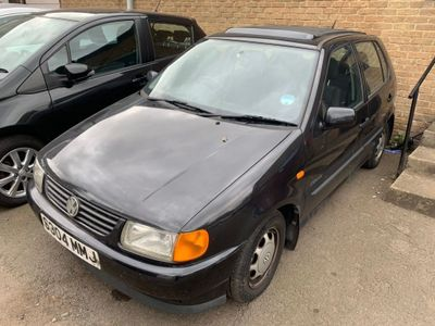 VOLKSWAGEN POLO Hatchback 1.4 CL 5dr