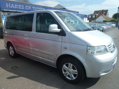 VOLKSWAGEN CARAVELLE MPV 2.0 BiTDI BlueMotion Tech Executive Bus 4MOTION 4dr (SWB, 7 Seats)