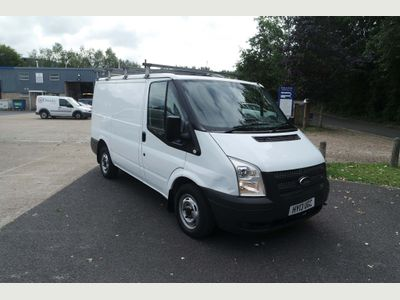 FORD TRANSIT Panel Van 2.2 TDCi 260 S Low Roof Panel Van 5dr (EU5, SWB)