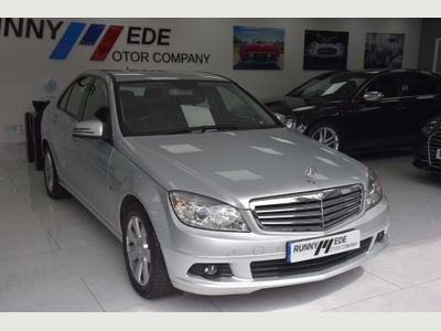 MERCEDES-BENZ C CLASS Saloon 1.8 C250 BlueEFFICIENCY Elegance 4dr