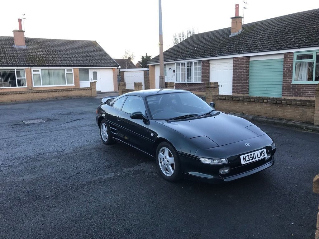 TOYOTA MR2 Coupe 2.0 GT 2dr