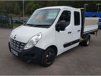 RENAULT MASTER Chassis Cab 2.3 dCi DCMLL35 TW Crewcab Chassis (RWD) 4dr (MWB)