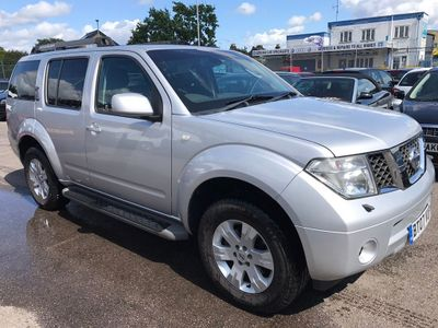 NISSAN PATHFINDER MPV 2.5 dCi Aventura 5dr
