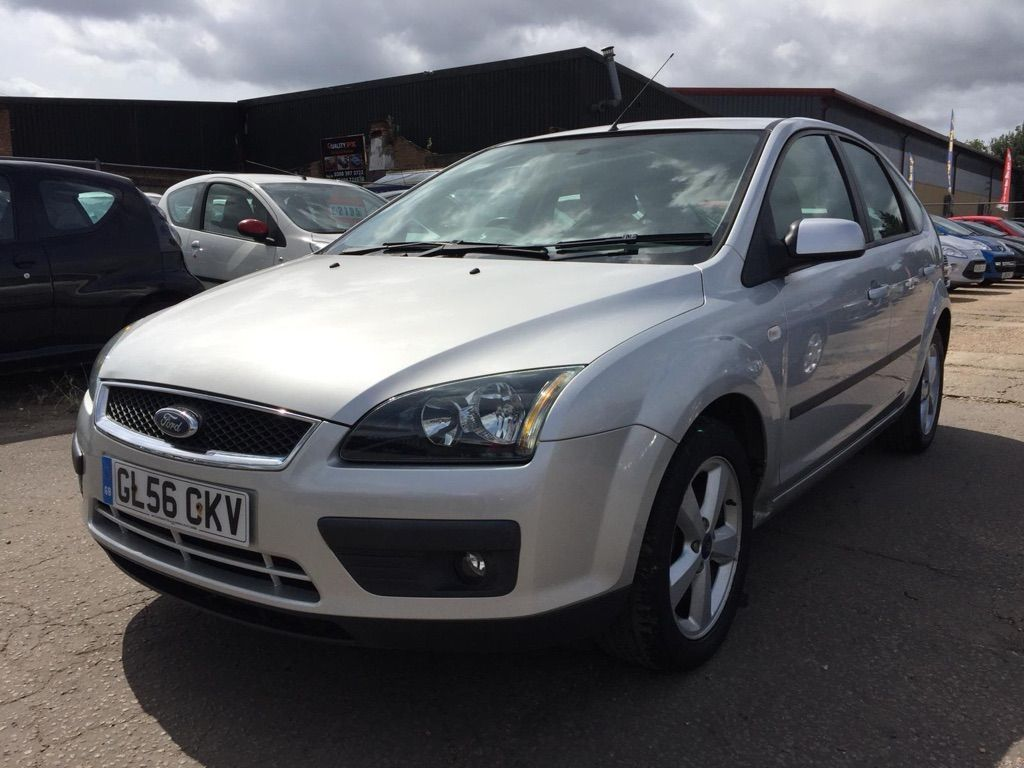 FORD FOCUS Hatchback {Edition unlisted}