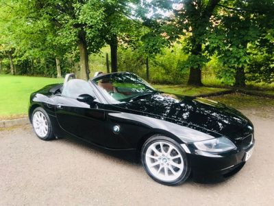 BMW Z4 Convertible 2.0 i Exclusive Roadster 2dr