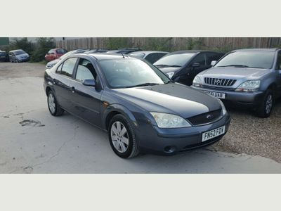 FORD MONDEO Hatchback 1.8 Graphite 5dr