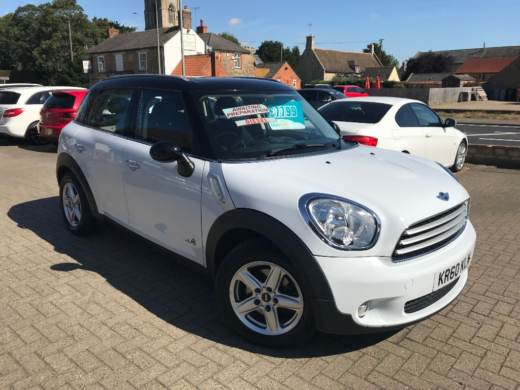 MINI COUNTRYMAN Hatchback 1.6 Cooper D (Pepper) ALL4 5dr