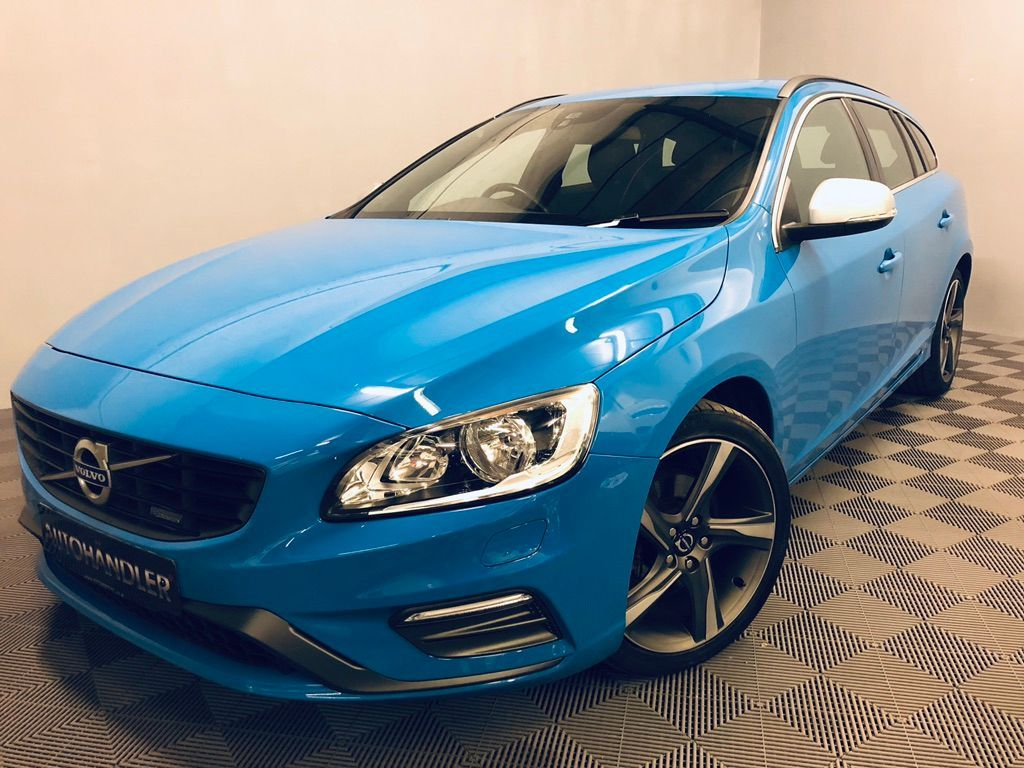 VOLVO V60 Estate 2.0 D4 R-Design 5dr