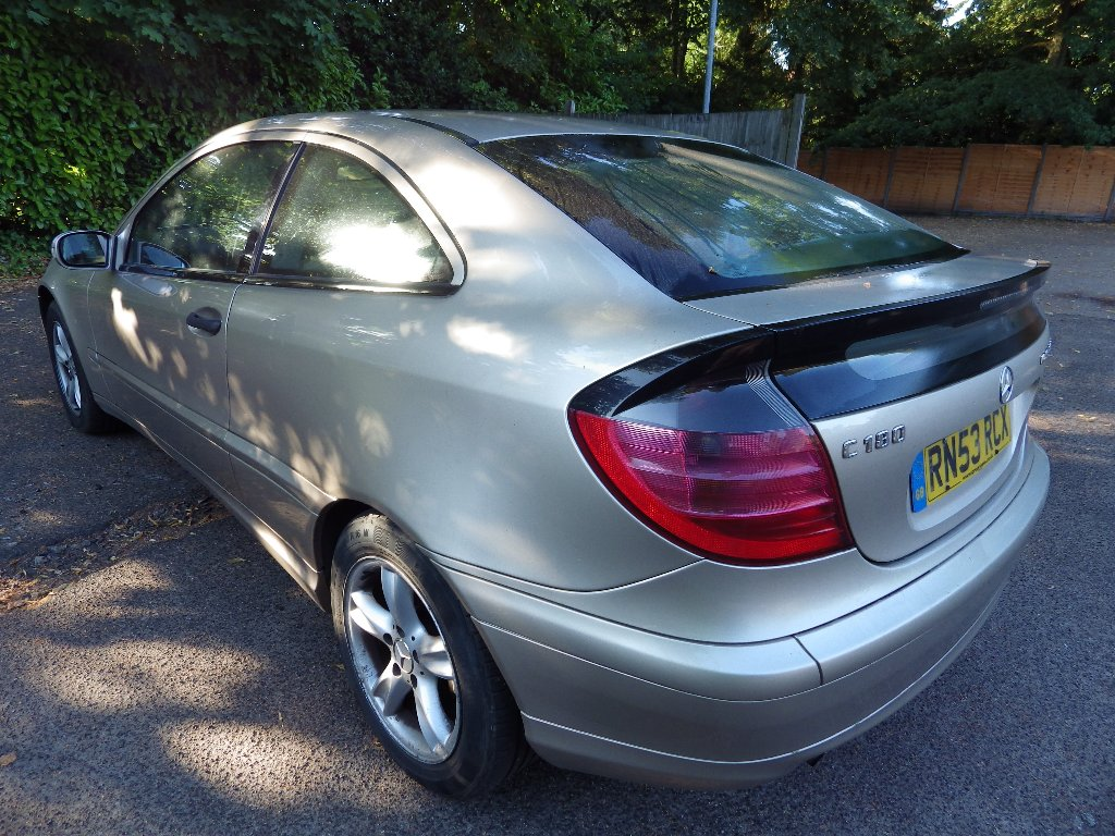MERCEDES-BENZ C CLASS Coupe 1.8 C180 Kompressor 2dr