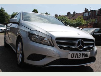 MERCEDES-BENZ A CLASS Hatchback 1.8 A180 CDI BlueEFFICIENCY SE 7G-DCT 5dr