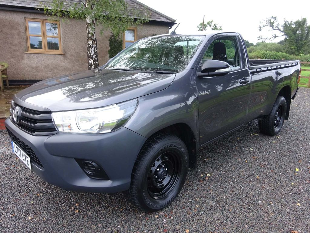 TOYOTA HILUX Pickup {Edition unlisted}