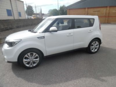 KIA SOUL Hatchback 1.6 GDi Connect 5dr