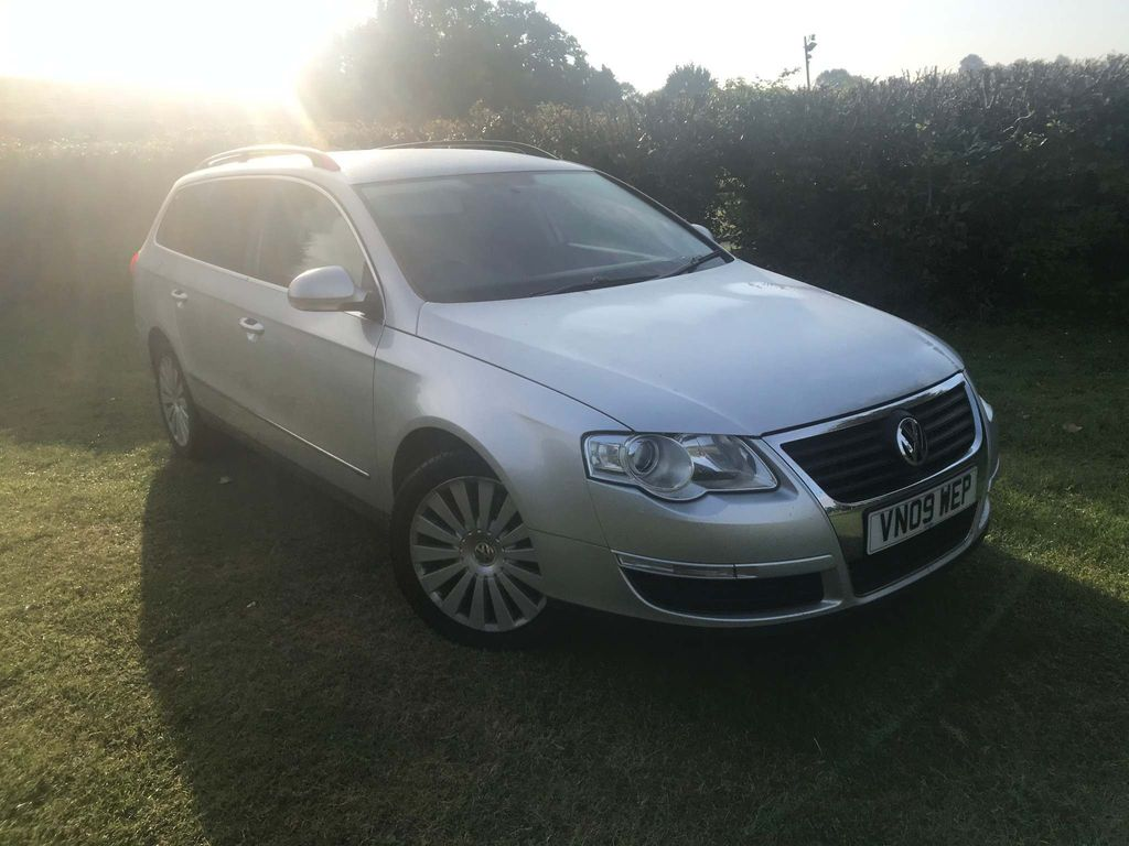 VOLKSWAGEN PASSAT Estate 2.0 TDI CR Highline 5dr