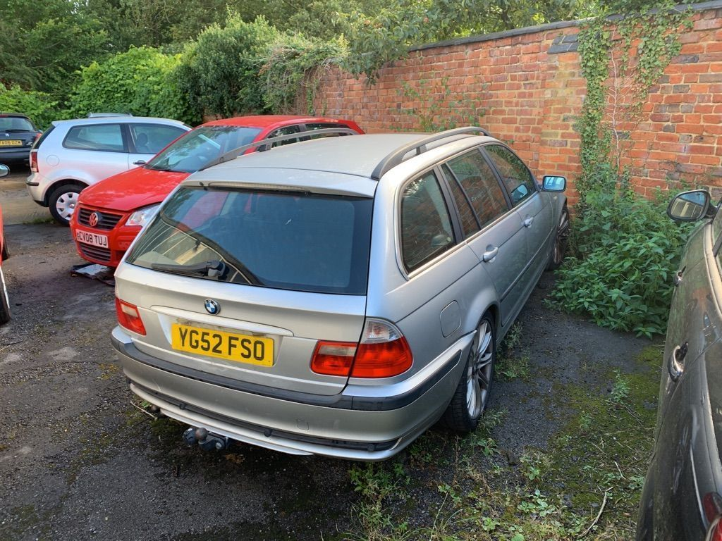BMW 3 SERIES Estate 2.0 318d Sport Touring 5dr