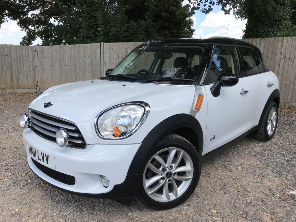 MINI COUNTRYMAN Hatchback 1.6 Cooper D (Chili) ALL4 5dr
