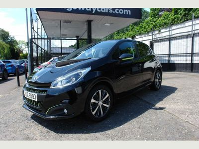 PEUGEOT 208 Hatchback 1.2 PureTech Active Design Lime Manual 5dr