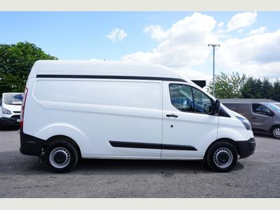 FORD TRANSIT CUSTOM Panel Van 2.2 TDCi ECOnetic 290 L2H2 Panel Van 5dr