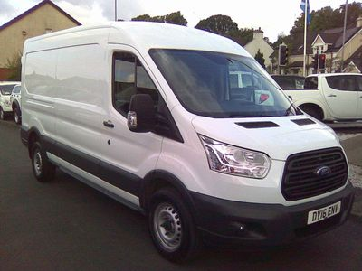 FORD TRANSIT Panel Van 2.2 TDCi 350 L3H2 Panel Van 4dr