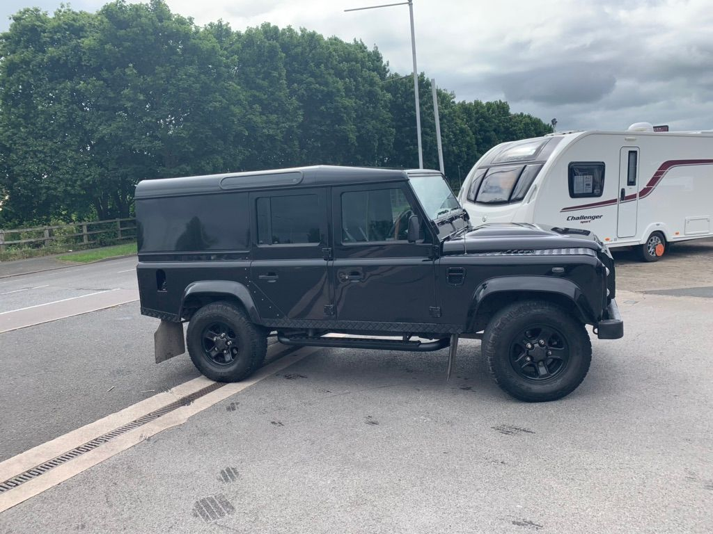 Used Land Rover Defender 110 Suv 2 2 D Dpf Xs Utility